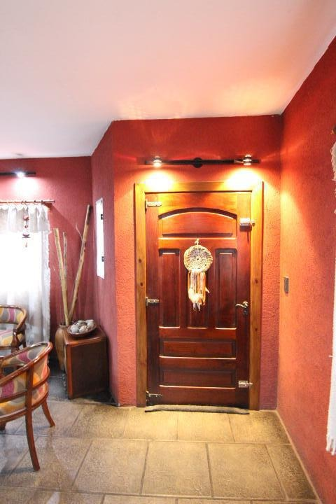 excelente casa en dos plantas, 3 dorm, 2 baños   toilette en pleno centro de boulogne