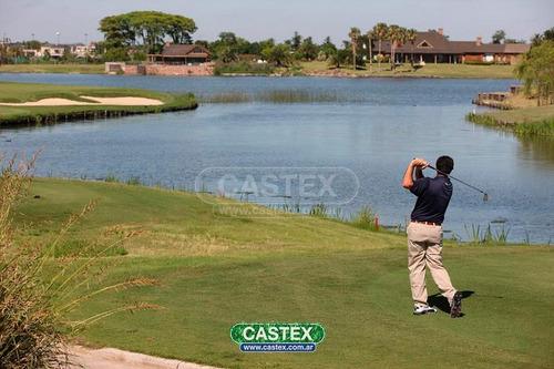excelente casa en el golf