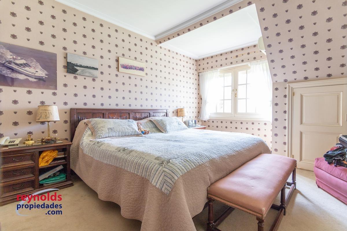 excelente casa en lomas de san isidro