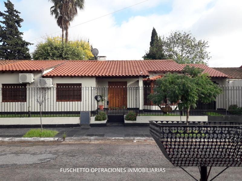 excelente casa en lote propio ciudad evita (cod. 867)