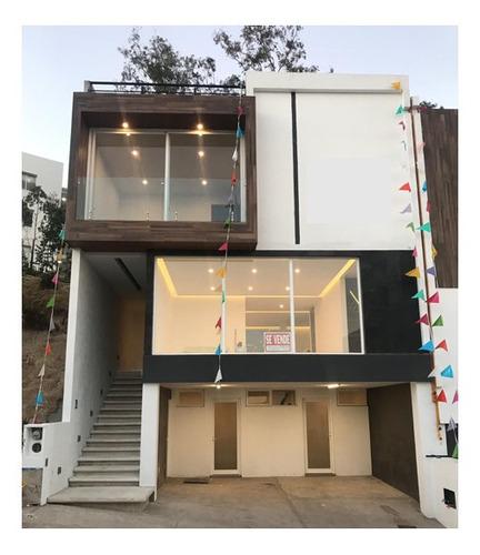 excelente casa en residencial lago esmeralda