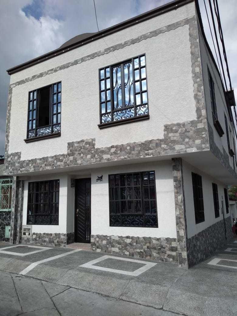excelente casa en sector tranquilo de calarcá, barrio antoni