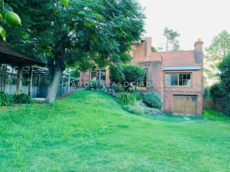 excelente casa en venta 3 dormitorios y dependencia-ref:1320