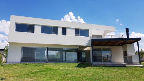 excelente casa en venta  a la laguna - san francisco