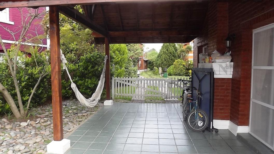 excelente casa en venta en echeverría del lago, canning
