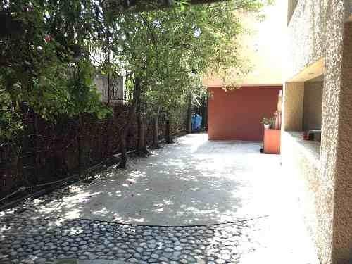 excelente casa en venta, en esquina, tecamachalco , seccion i.