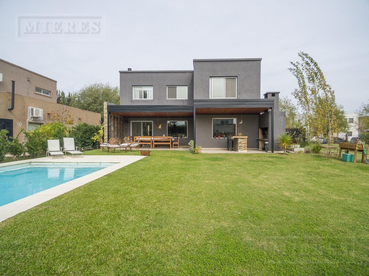 excelente casa en venta en la comarca
