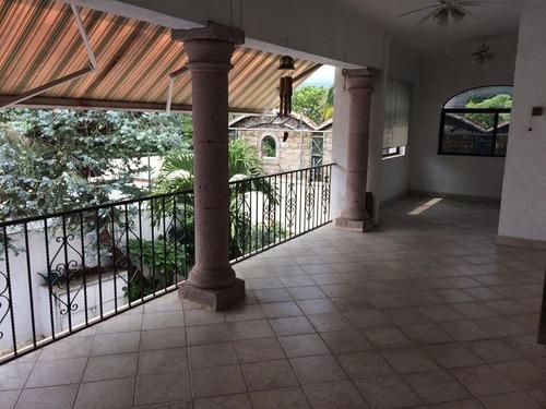 excelente casa en venta en las maravillas cuernavaca