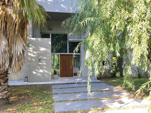 excelente casa en venta o alquiler temporal- haras del pilar - la pradera - apto crédito -