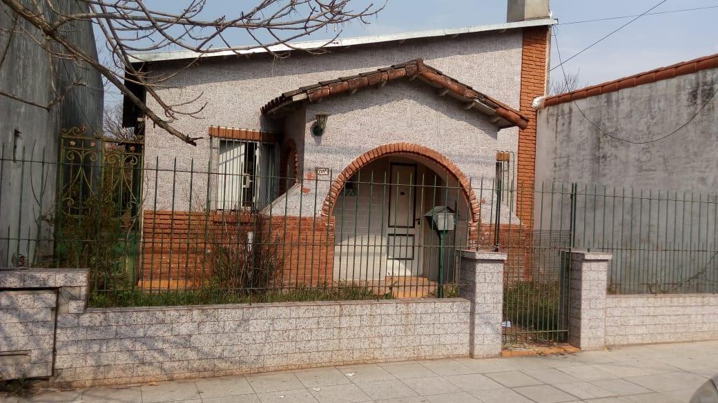 excelente casa en venta zona de ezpeleta