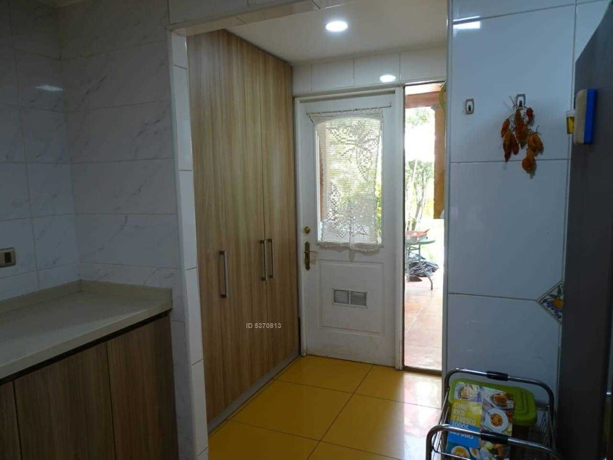 excelente casa esquina uso comercial en avenida consistorial, peñalolén