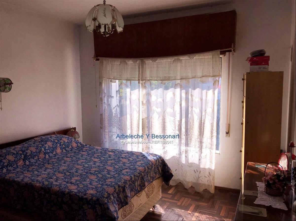 excelente casa!!! ideal dos familias y/o renta!!!