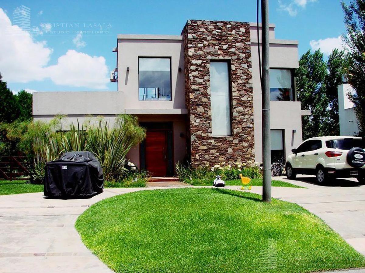 excelente casa minimalista en country altos del sol de