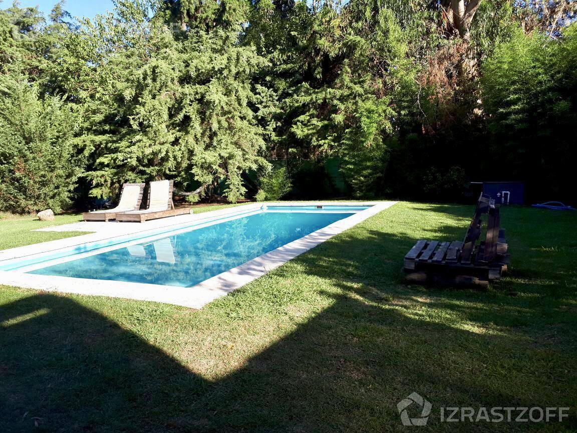 excelente casa moderna en alquiler de verano en el country pilar del lago