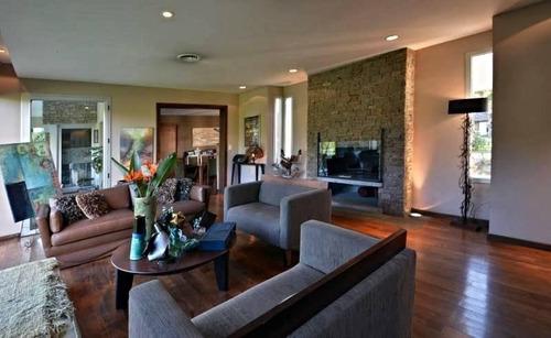 excelente casa moderna en san diego lote 3000m - 640m2cub