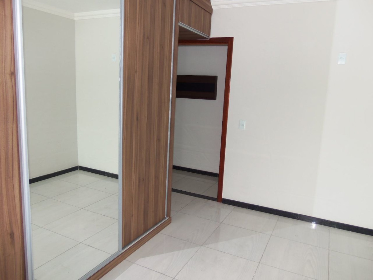 excelente casa no bairro santa monica, 2 quartos 2 suítes ,2 vagas - 1422
