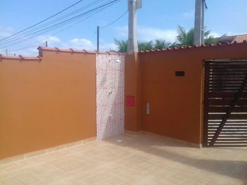 excelente casa no bairro sion em itanhaém!!!