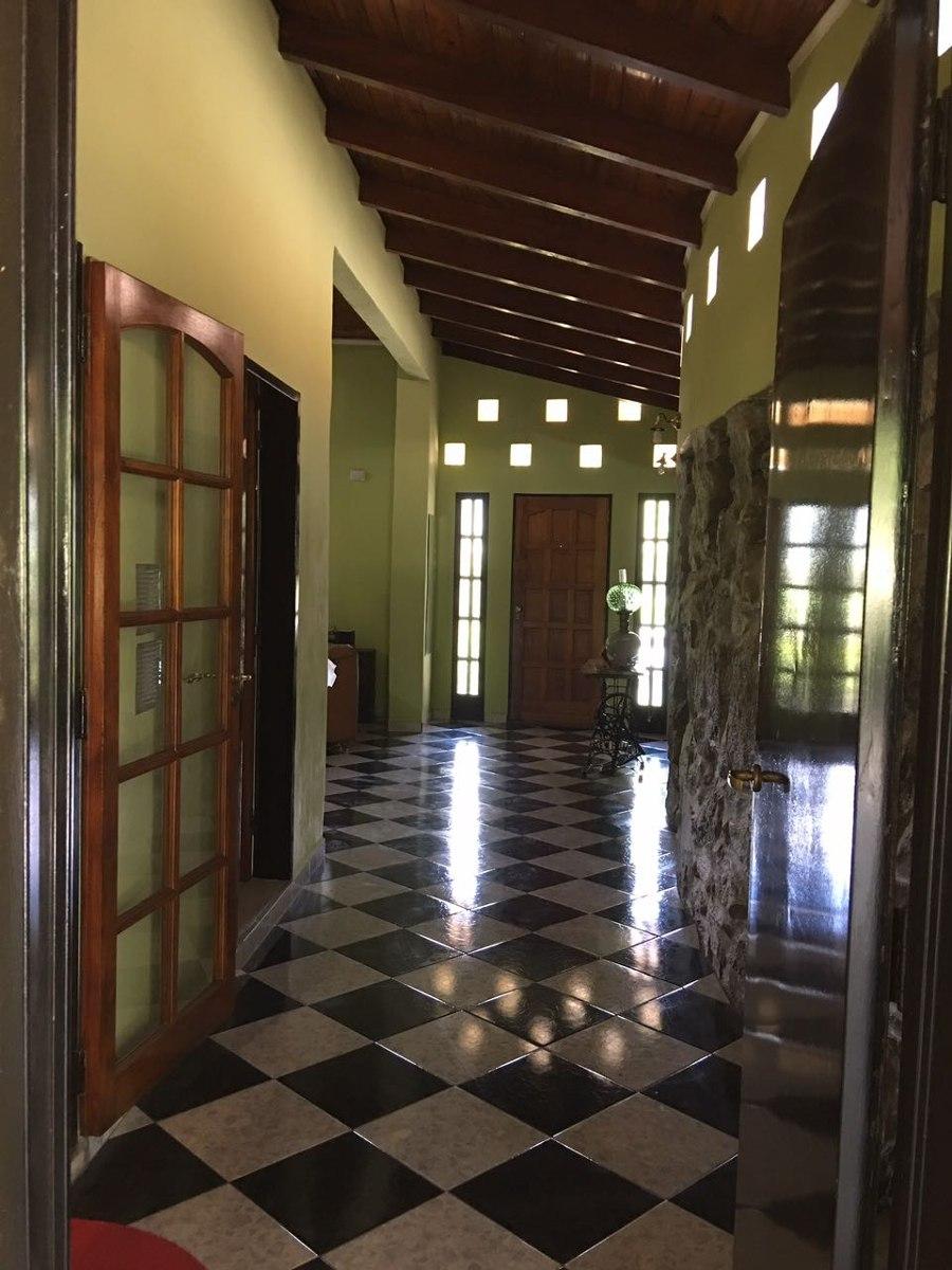 excelente casa quinta córdoba lago san roque