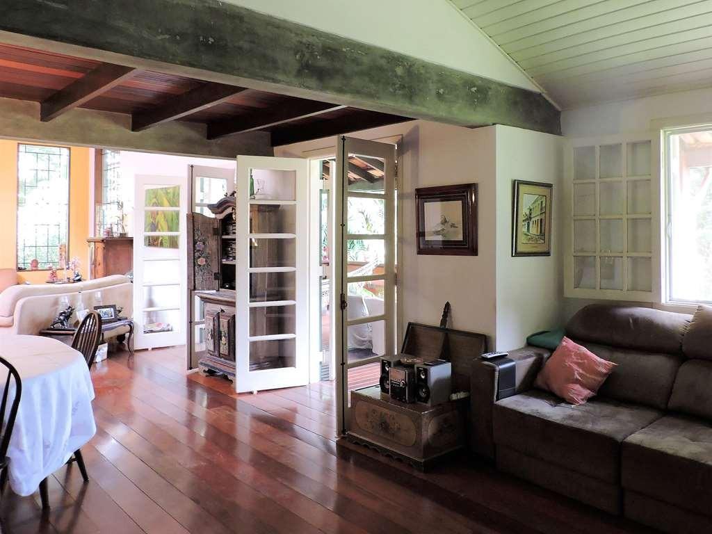 excelente casa térrea de campo, com 3 dorms - ref 79156