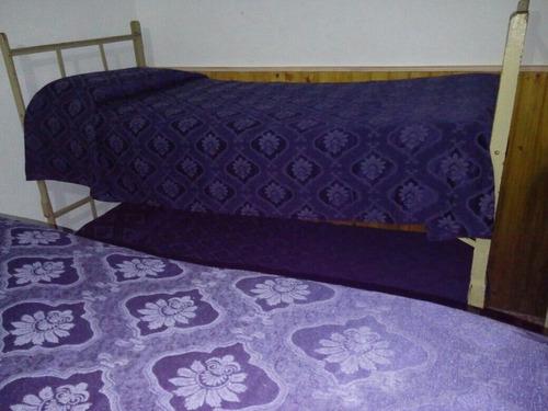 excelente chalet con 2 habitaciones para 6 personas