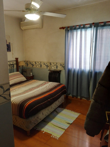 excelente chalet en adrogué. cuatro dormitorios