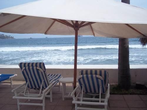 excelente condominio frente a la playa