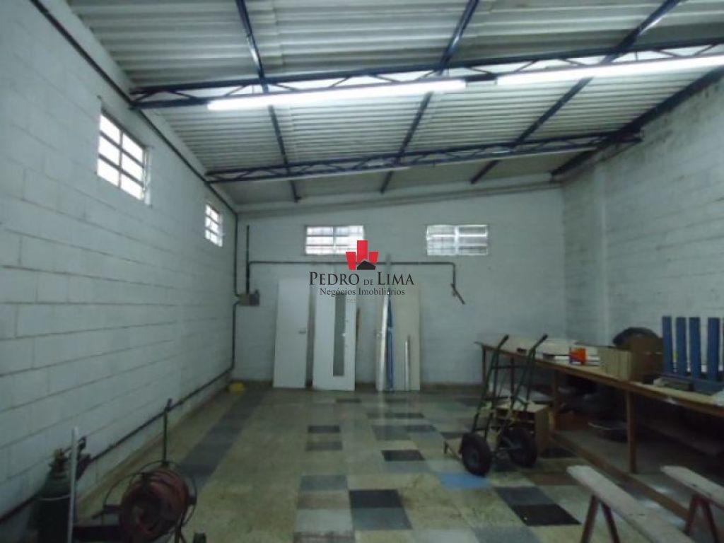excelente conjunto de  galpões industriais, preparado  para funcionar  maramorária, com 482,00 m2 - pe1292
