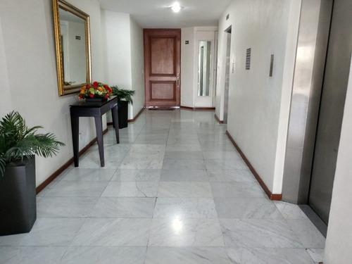 excelente  dep iluminado y amplio  con amenities y seguridad