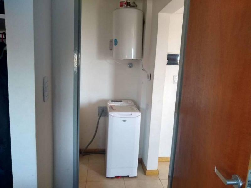 excelente departamento 2 ambientes c/ cochera