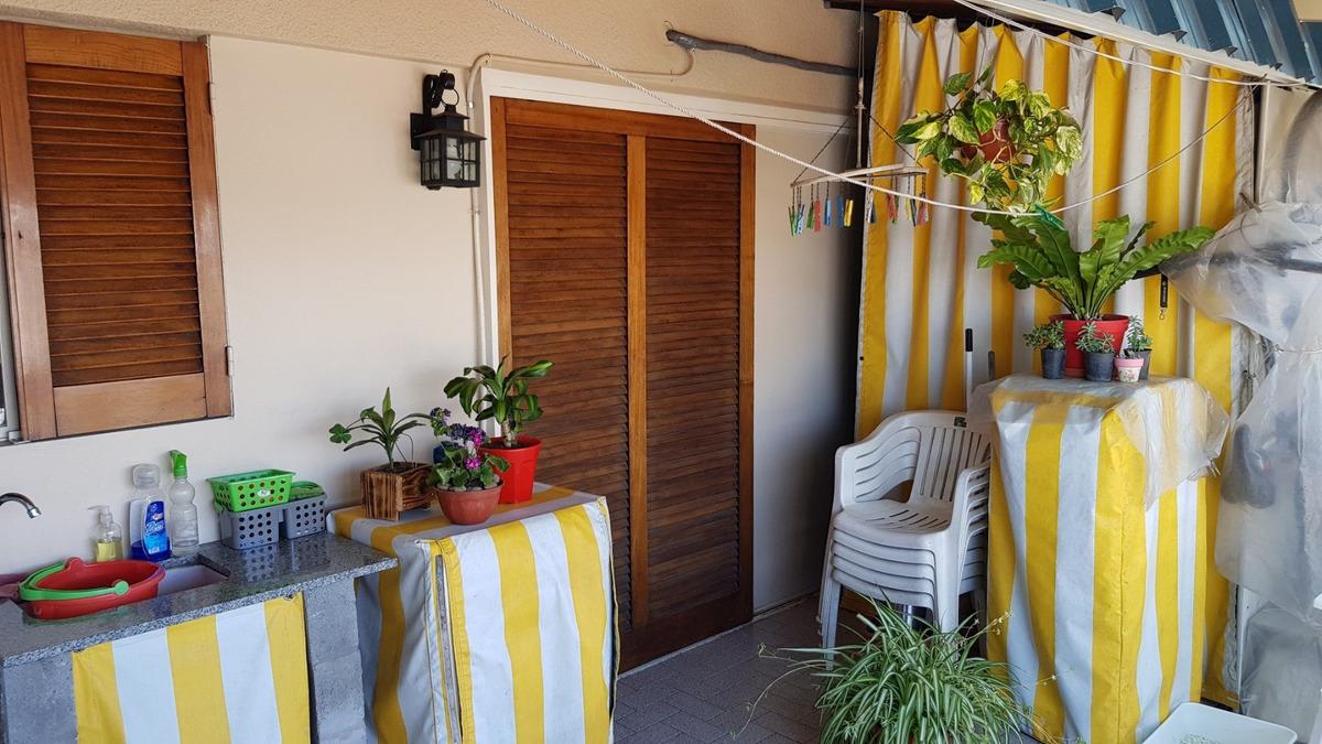 excelente departamento 4 ambientes al frente c/balcon terraz