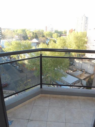 excelente departamento a estrenar de 3 ambientes con balcón.