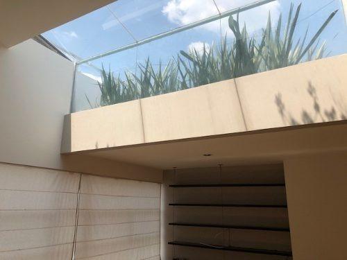 excelente departamento de 2 recámaras y roof garden
