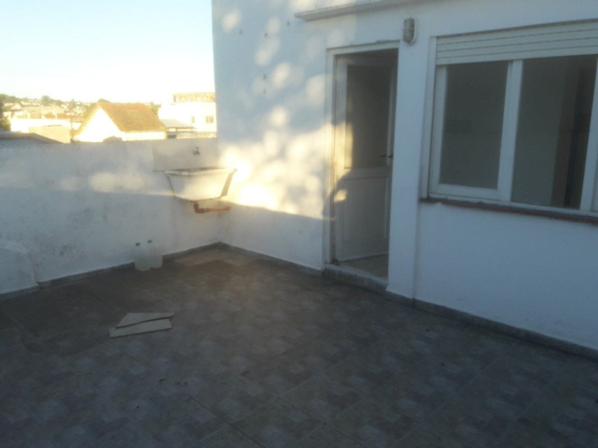 excelente departamento de 3 amb con terraza - a la calle - fleming y 12 de octubre