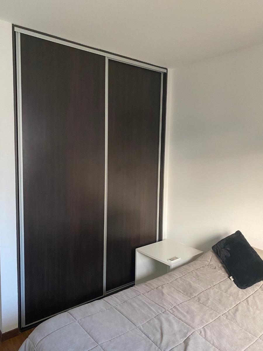 excelente departamento de 47 m2. entrega inmediata. montevideo al 500. de 1 dormitorio.