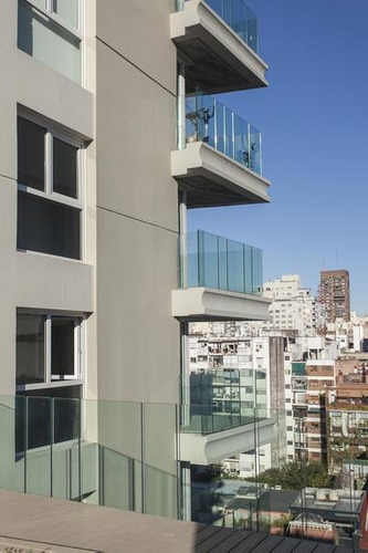 excelente departamento en barrio norte 2 ambeintes en edificio de categoría a estrenar premium