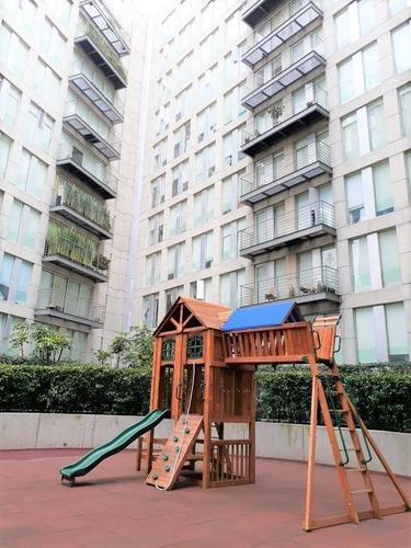 excelente departamento exterior con balcón en condominio puerta coyoacán.