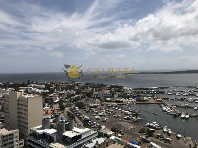 excelente departamento reciclado y metros del puerto de punta del este-ref:1000