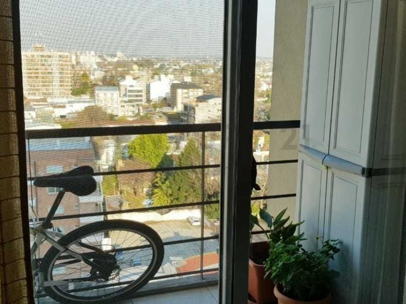 excelente dos ambientes/cochera piso 12 exc vista !