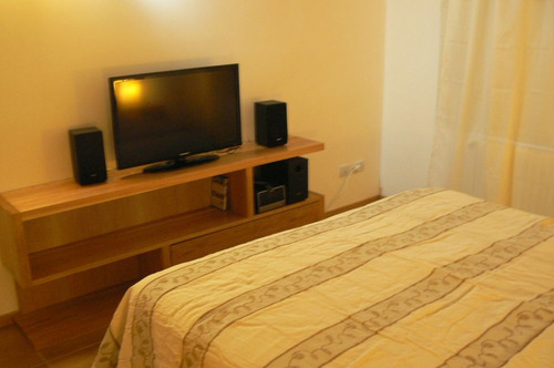excelente dpto ascensor, sommier, jacuzzi, 2 lcd cable wifi