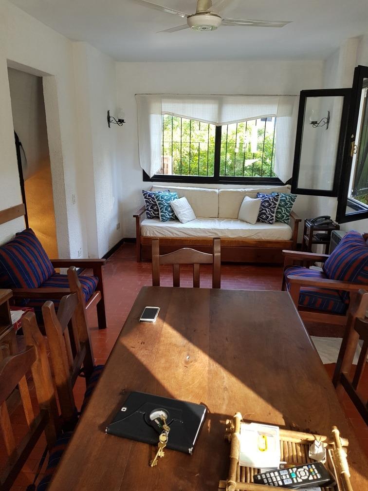 excelente duplex 90 m2 con cochera doble zona golf