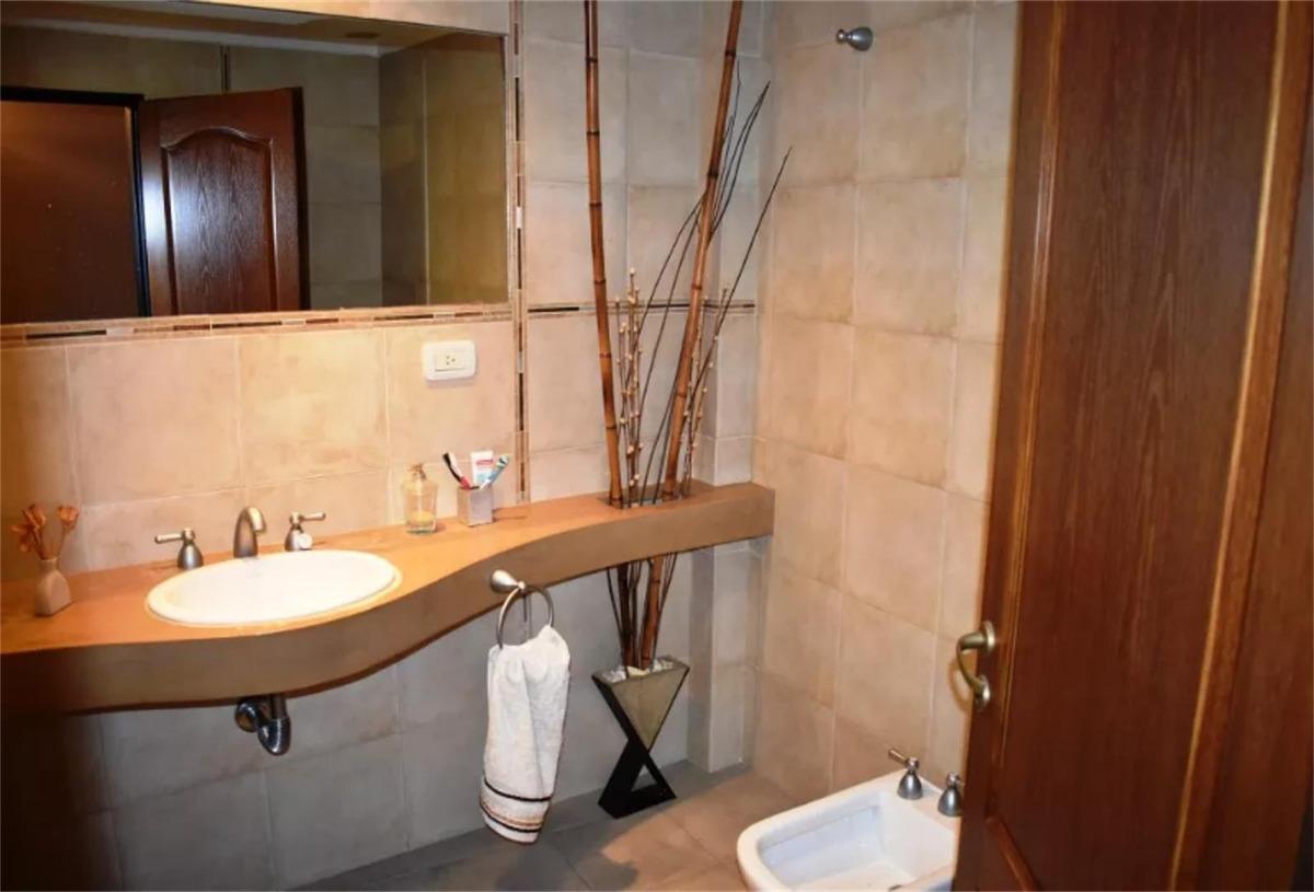 excelente duplex en condominio inmejorable zona ituzaingo