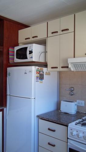 excelente duplex en villa gesell a 120 mts de la playa 6 pax