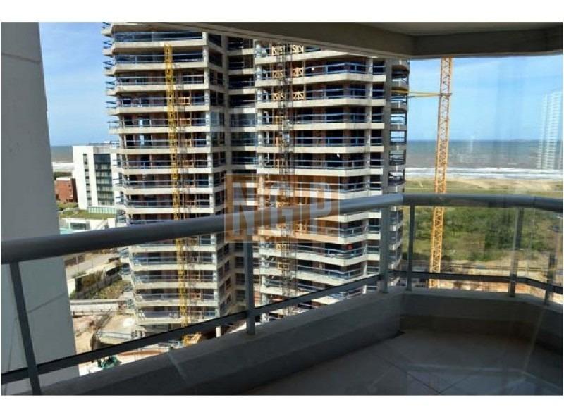 excelente edificio muy buena calidad de construccion con todos los servicios super rentable  -ref:15882