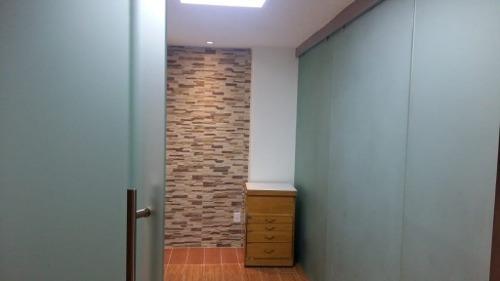 excelente espacio ideal para clases (yoga, pilates), terapias, u oficinas (adaptable).