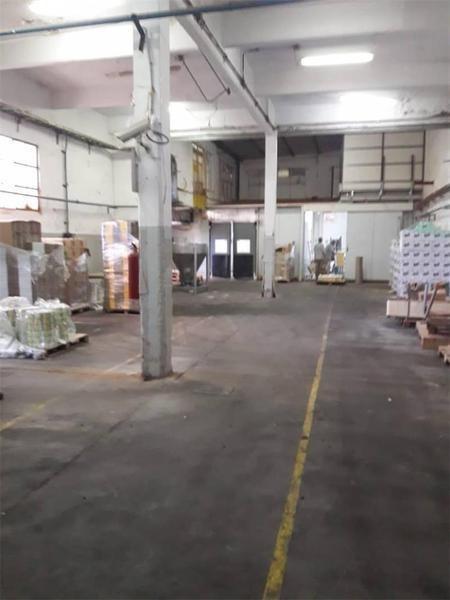 excelente fabrica de 3795 mts2 en wilde