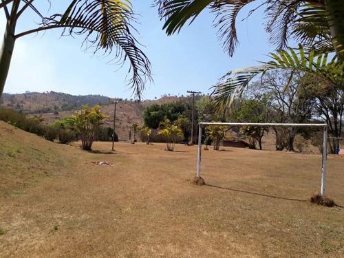 excelente fazenda em brumadinho- bairro aranha 119 ha. 70 klm de belo horizonte -casa sede com 09 quartos- piscina - sauna - 11 baias cavalo- 06 casas de caseiro. - 2894