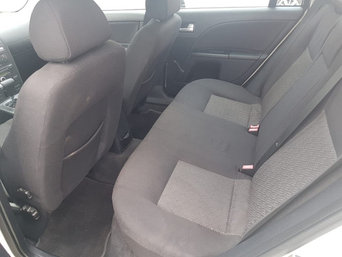 excelente ford mondeo core 2004
