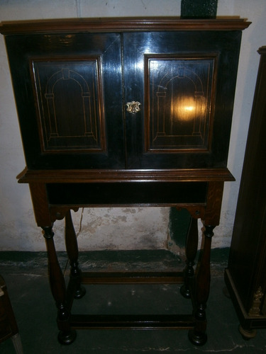 excelente gabinete ingles, interior de 9 cajones c/ marfil