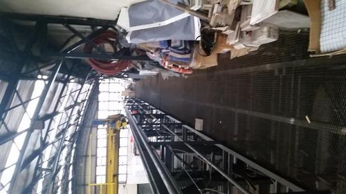 excelente galpón de 1000 m2 cub con techo parabólico
