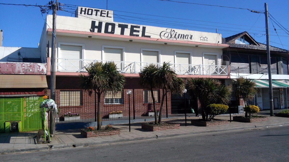 excelente hotel en mar del plata. frente al mar.